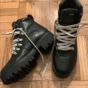 Steve Madden BAM boot